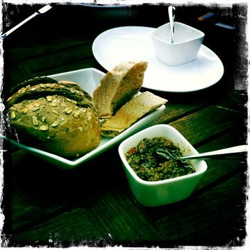 Nijmegan, fresh bread, dip